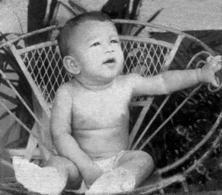 1973, Dustin Muñoz a los 7 meses