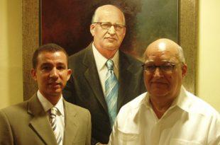 Develizamiento retrato profesor meritísimo UASD, Dr Enerio