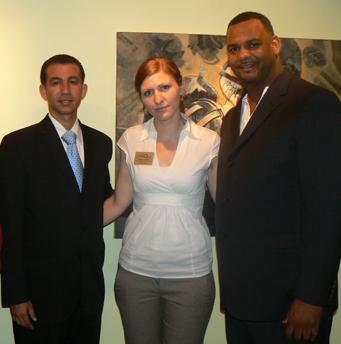 Dustin Muñoz, Rachel Ackers y Rigo Peralta, en inauguración de Exposición en EEUU