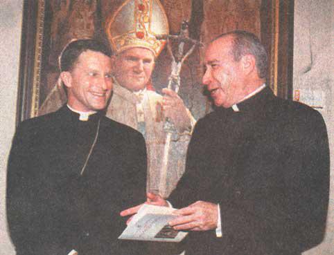 Monseñor Timothy Broglio, Nuncio Apostólico y el Cardenal Nicolás de Jesús López Rodríguez