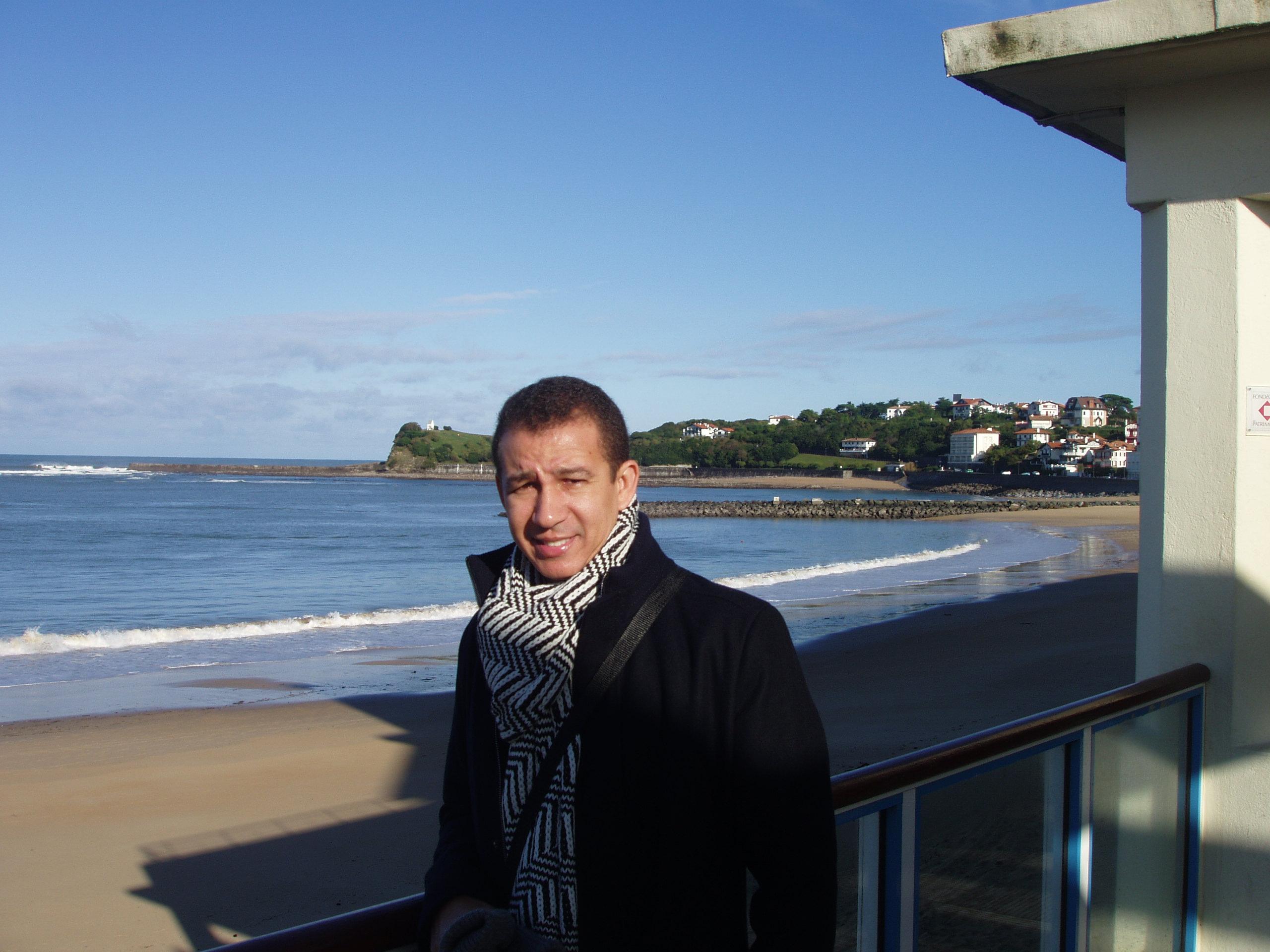 Dustin Muñoz en San Juan de Luz, Francia.