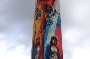 Laterales Este y Norte, Obelisco de Santo Domingo, mural Dustin Muñoz